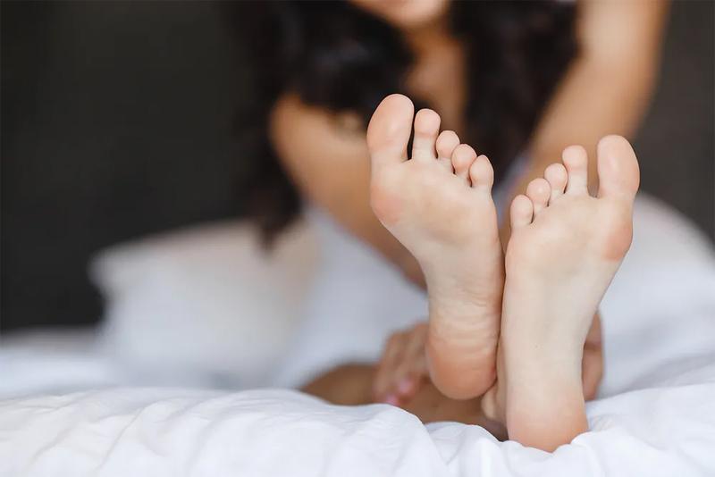 как избавиться от запаха ног и грибка на ногах