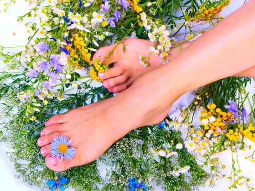 Запах ног: устранение неприятных запахов